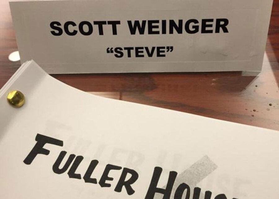 Fuller House, Twitter, Scott Weinger