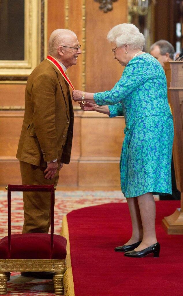 John Hurt, Queen Elizabeth II