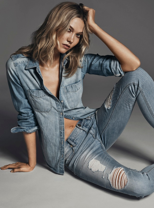 Karlie Kloss Flashes Rock-Hard Abs in New Express Denim Campaign ...