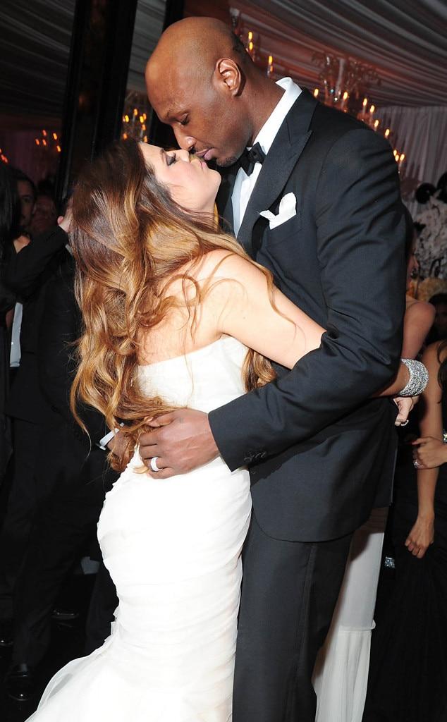 Divorced husband and wife: Lamar Odom and Khloe Kardashian at their wedding (kiss)