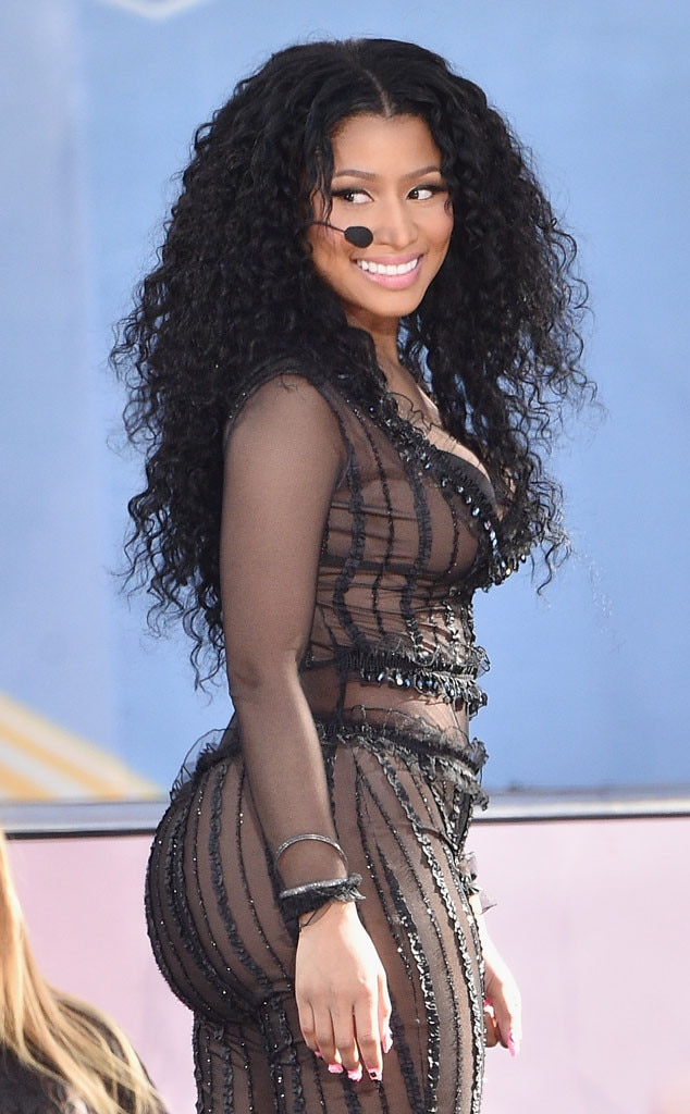 Nicki Minaj Sets The Record Straight After Fans Accuse Her