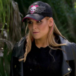 WWE's Nattie Neidhart Is the Ultimate Cat Lady&mdash;See How Many She Has in This <i>Total Divas</i> Sneak Peek!