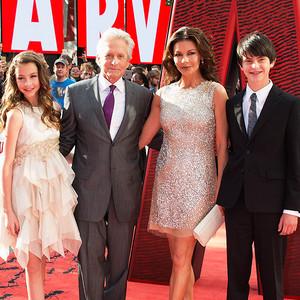 Michael Douglas, Catherine Zeta Jones, Family Picture
