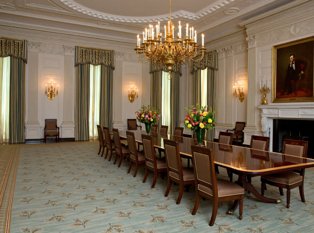 obama unveils redecorated white house dining room