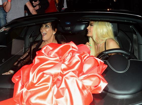 Kylie Jenner, Kris Jenner, Birthday