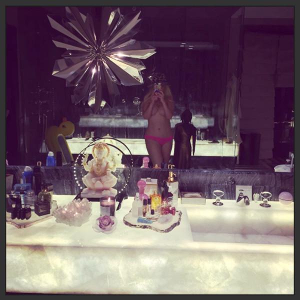 Christina Aguilera, Instagram