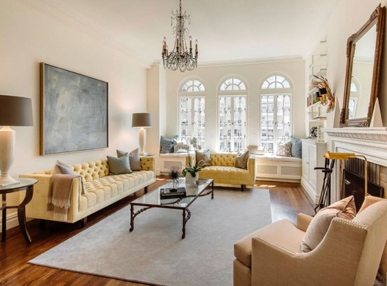 The Real Life Carrie Bradshaw 39 S Apartment Is Up For Sale