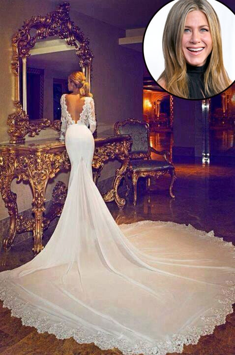 Is this jennifer aniston s wedding dress sorry facebook not so fast