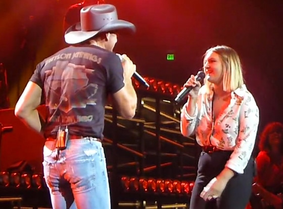 Tim Mcgraw Invites Daughter Gracie On Stage To Sing Brand