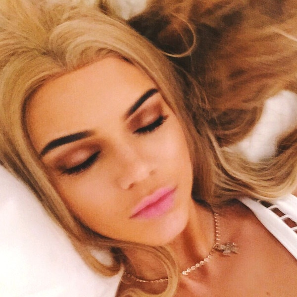 Kendall Jenner Looks Exactly Like Barbie In Latest Selfie