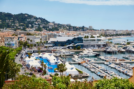 E_in_City_Cannes_1152