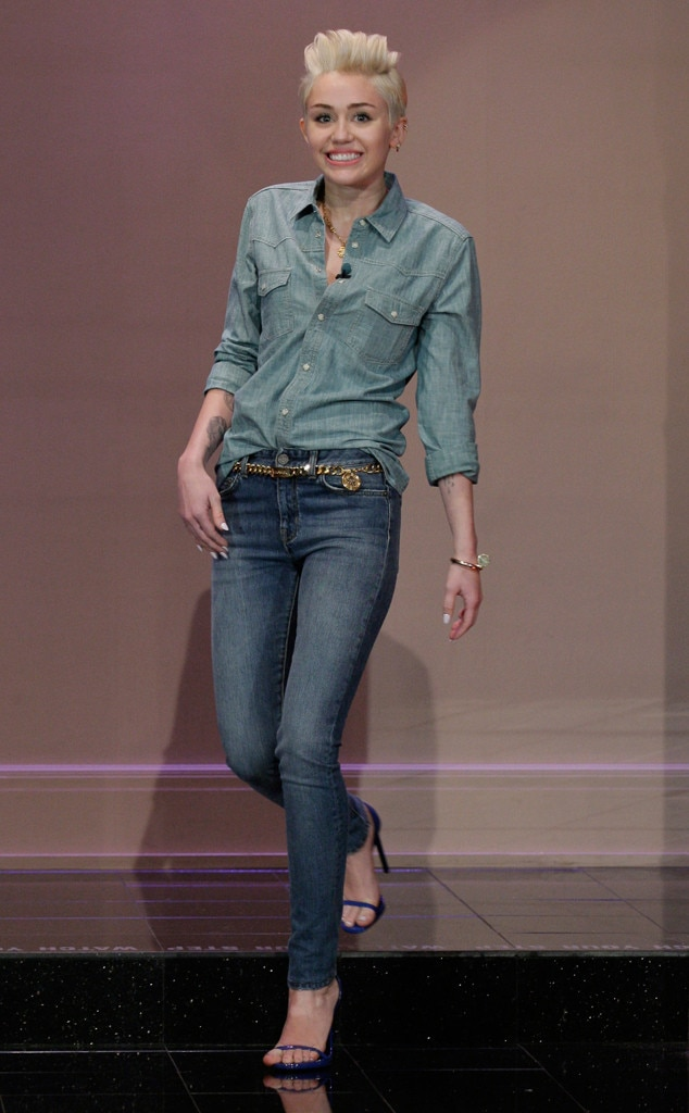 Miley Cyrus, Talk Show Fashion, The Tonight Show 2014