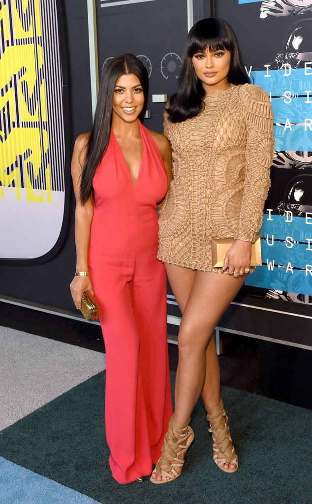 Kourtney Kardashian, Kylie Jenner, 2015 MTV Video Music Awards, VMA