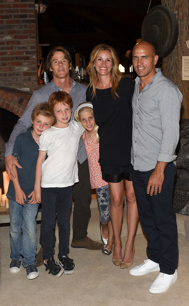 Julia Roberts Enjoys Rare Family Night Out With Husband Danny ...