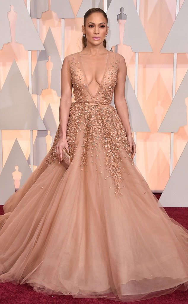 Jennifer lopez reveals her favorite red carpet dress of all time hint it 39 s not the one you 39 re - Red carpet oscar dresses ...