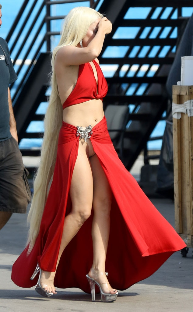 Lady Gaga Flashes Her Nude Underwear While Wearing a Very ...