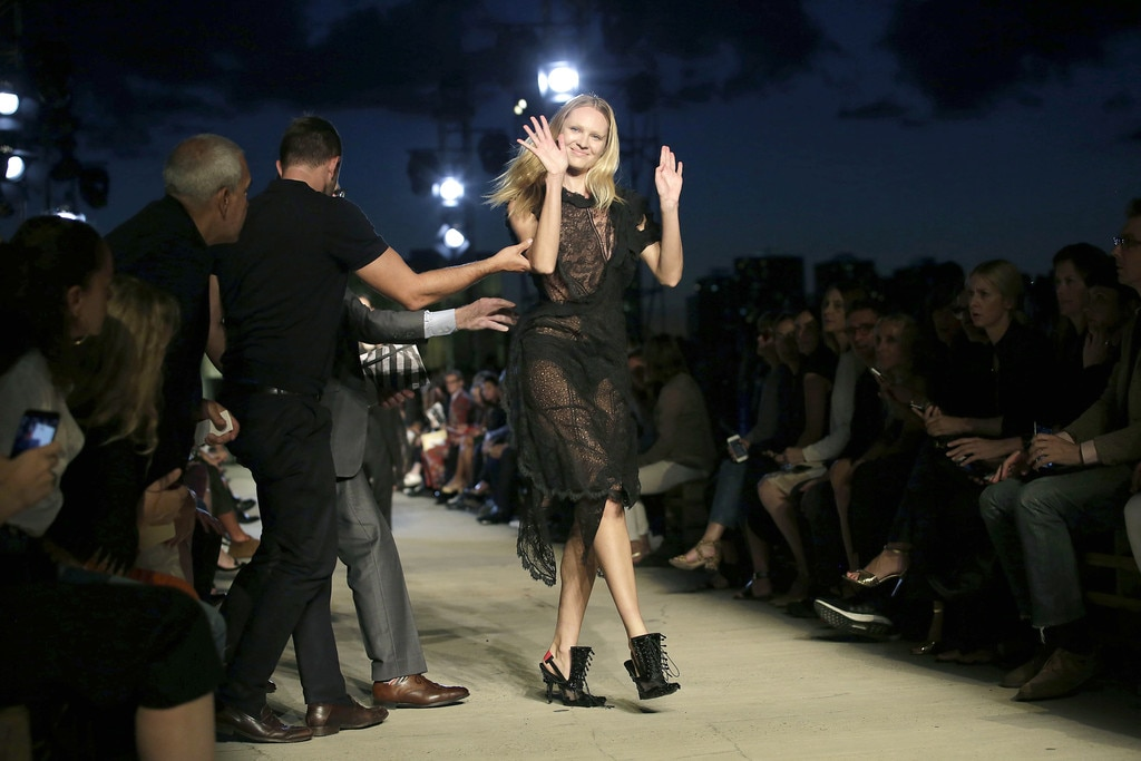 Candice Swanepoel, Givenchy, NYFW