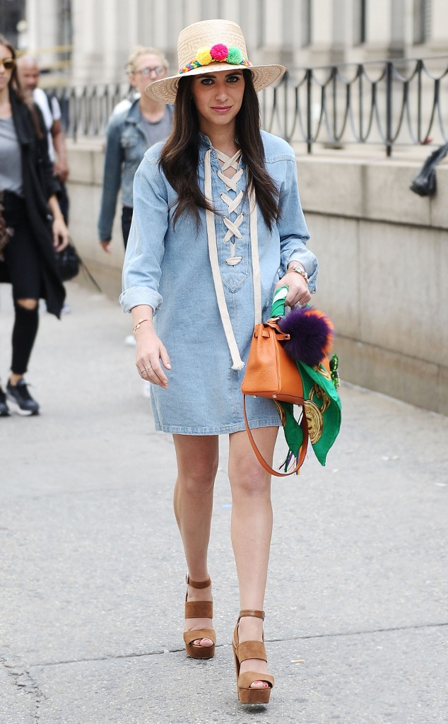 Elizabeth Savetsky From Street Style At New York Fashion