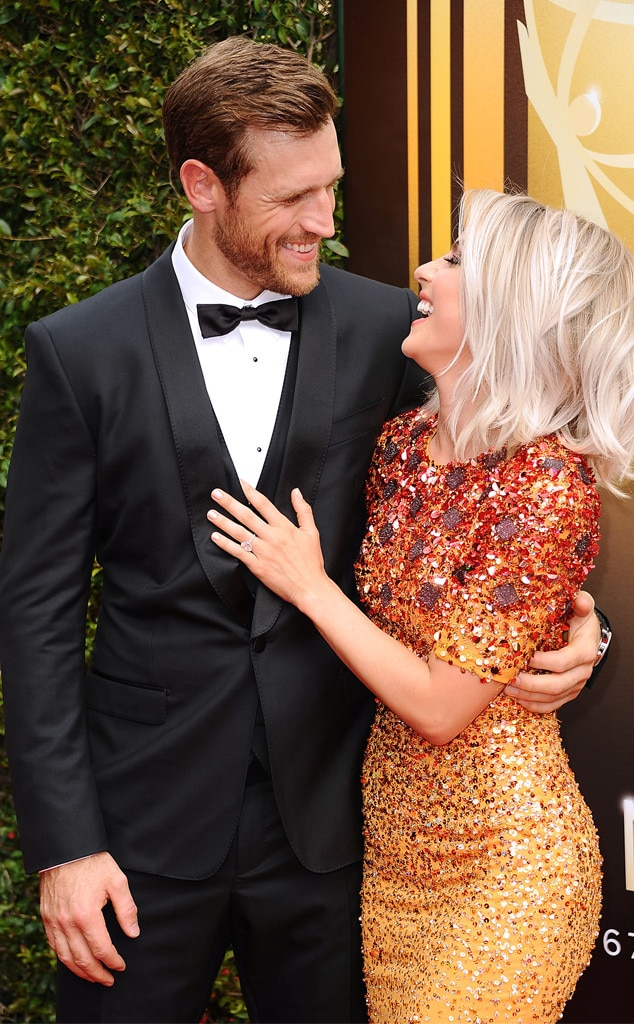 Brooks Laich, Julianne Hough, 2015 Creative Arts Emmy Awards