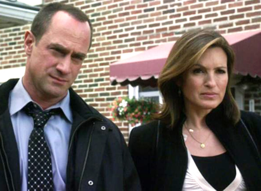 did benson and stabler hook up Elliot stabler and olivia benson wish these two would finally hook up would make the most perfect couple.