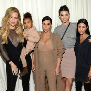 Die Kardashians sind die größten Kanye West Fans