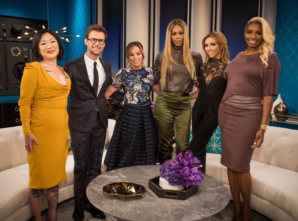 Brad Goreski Predicts Sofia Vergara Will Have A Pop Up Shop On The Emmys Red Carpet Watch The