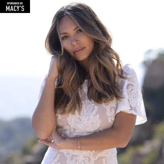 Macy's Front Row, Marianna Hewitt, Badge
