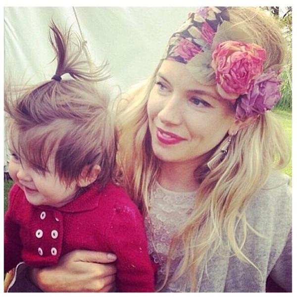 Sienna Miller, Instagram