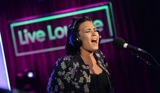 Demi Lovato, BB1 Twitter