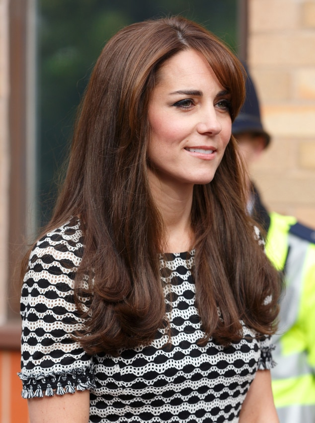 kate middleton recycles gorgeous dress attends world