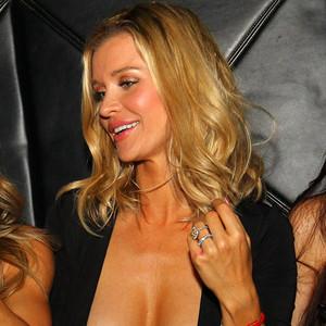 Joanna Krupa, Nip Slip