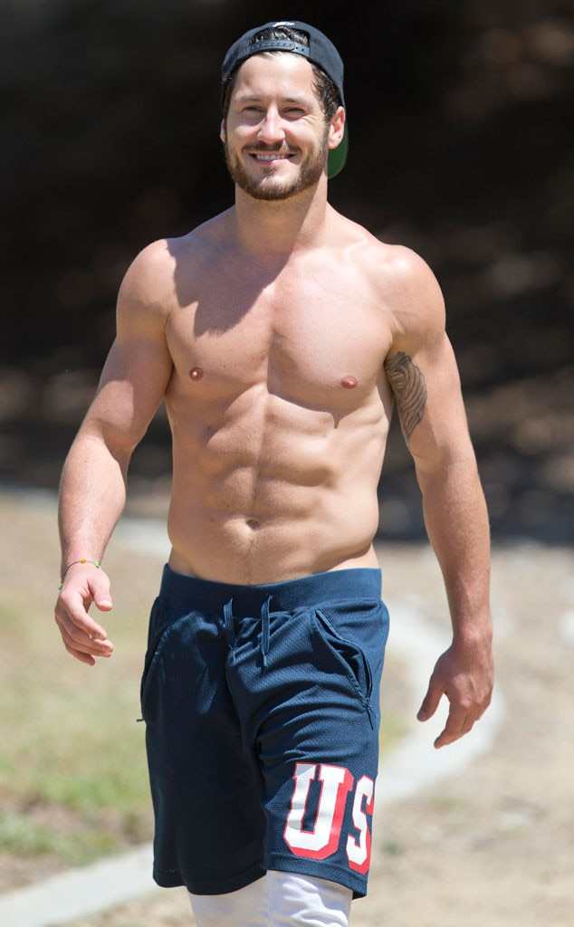 Val Chmerkovskiy from The Big Picture: Today's Hot Photos | E! News