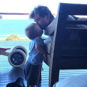 Chris Hemsworth, Son