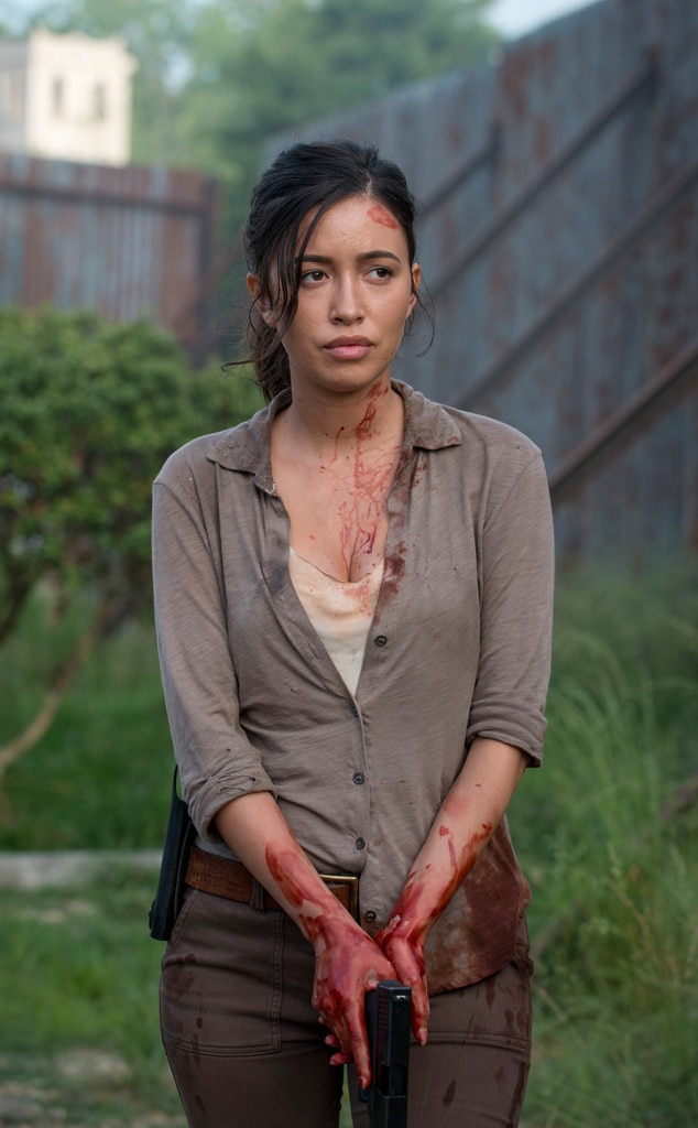 Rosita (Season 6) from The Walking Dead Then & Now: See ...