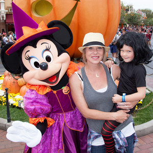 Christina Applegate, Sadie LeNoble, Disneyland