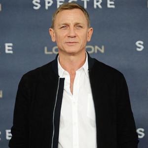 Daniel Craig News, Pictures, and Videos | E! News  Daniel Craig