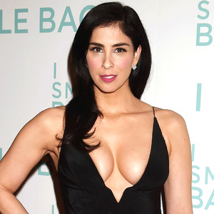 Sarah Silverman Flaunts Crazy Cleavage, Puts Boobs on Full Display in ...