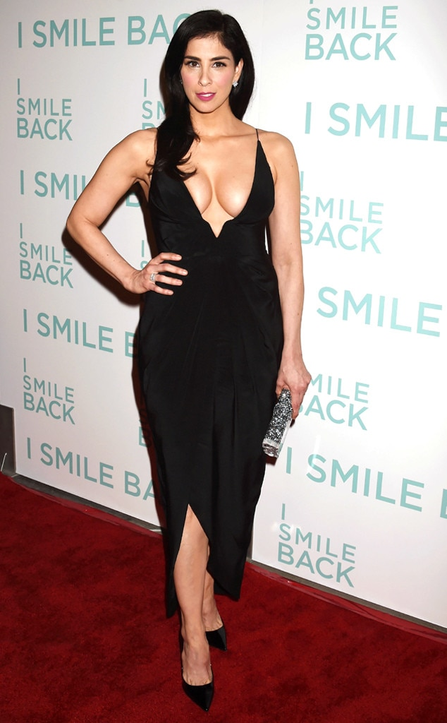 Sarah Silverman Flaunts Crazy Cleavage, Puts Boobs on Full