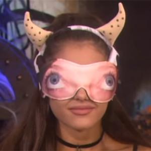 Ariana Grande, Cow Costume, Halloween, Ellen DeGeneres Show