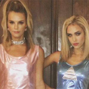 Jessica Alba and BFF Rock Romy and Michele\'s High School Reunion ...