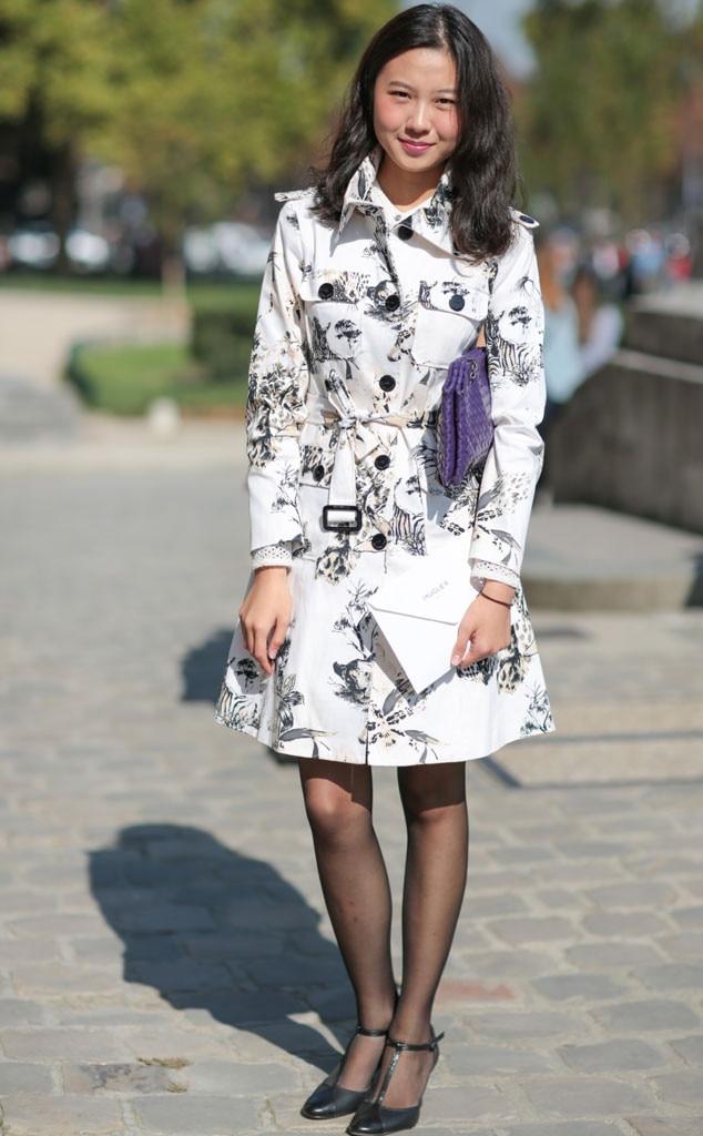 Eva Jiao From Street Style At Paris Fashion Week Spring