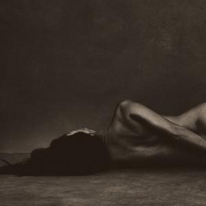 Kourtney Kardashian, Naked