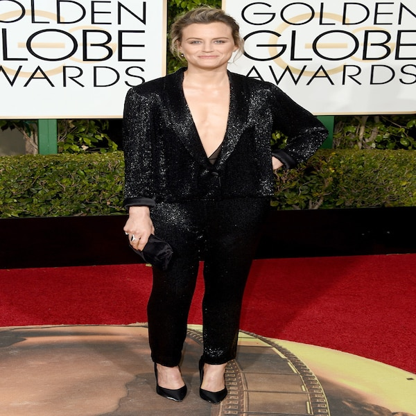 Taylor Schilling from 2016 Golden Globes Red Carpet ...Taylor Schilling Golden Globes 2016
