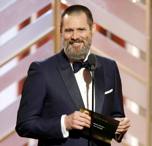 Jim Carrey Puts The Golden Globes Into Perspective In First Appearance Since Girlfriend Cathriona White S Suicide on oscar award time
