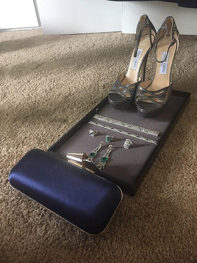Gina Rodriguez, Shoes, 2016 Golden Globes