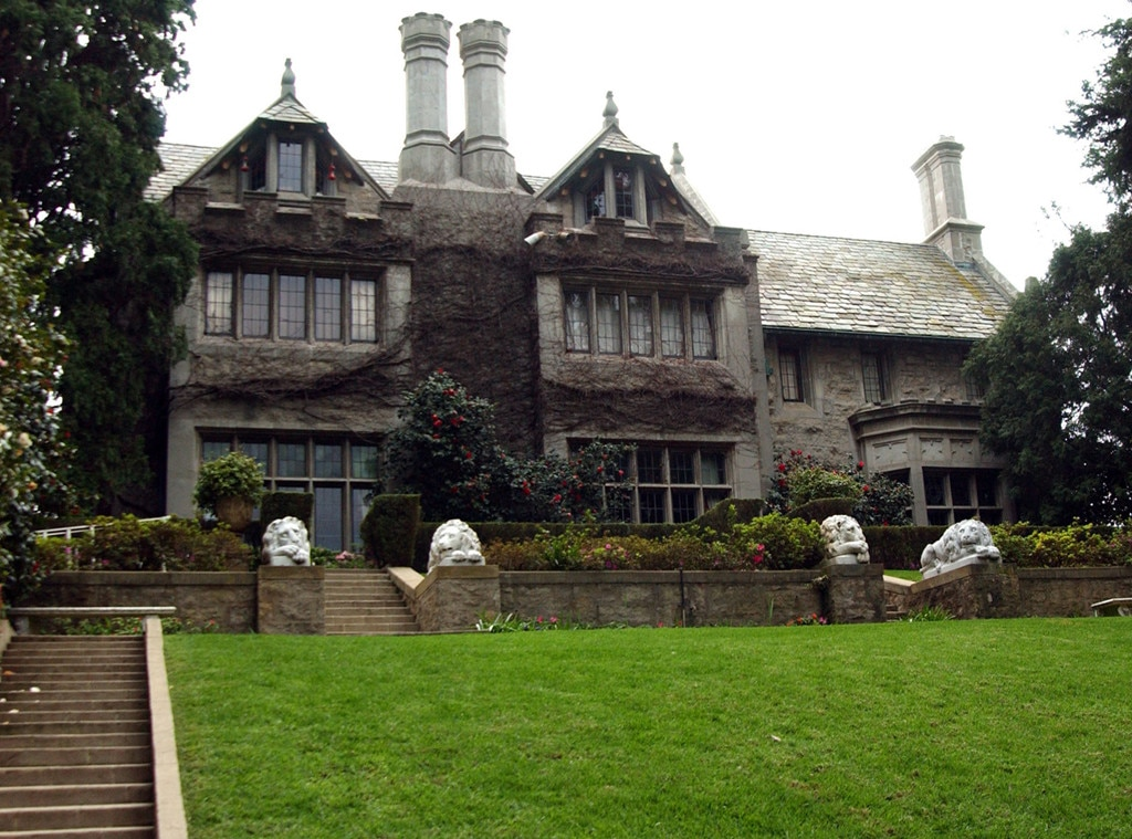 With Hugh Hefner's Death, So Too Dies the Playboy Mansion