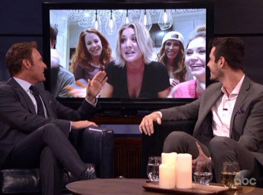 Kaley Cuoco, The Bachelor Live