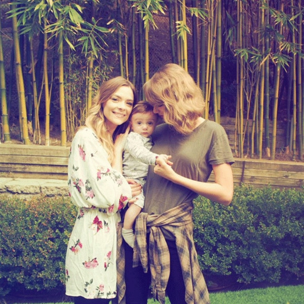 Taylor Swift, Jaime King, Instagram