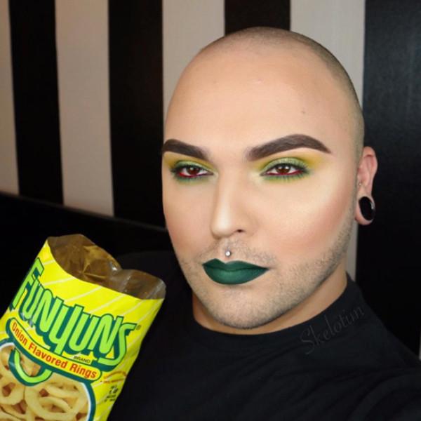 Skelotim food makeup
