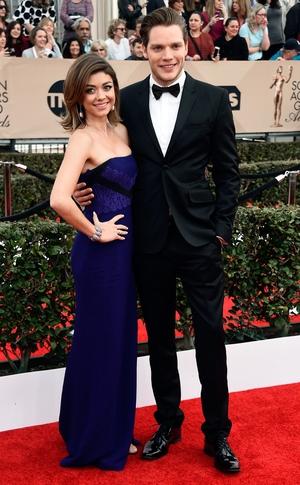 Sarah Hyland, Dominic Sherwood, SAG Awards 2016, Couples